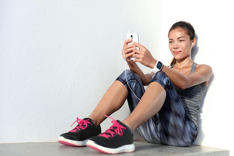Oncore yourhealth girl iphone earphones